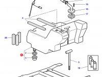 Дополнительный топливный бак трактора Challenger (275 литров) — 3784419M92