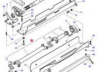 Карданный вал привода переднего моста двигателя SISU Diesel трактора Challenger — 3789947M2