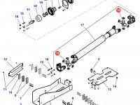 Крестовина карданного вала привода переднего моста трактора Challenger — 3905496M1