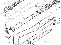 Крестовина карданного вала привода переднего моста трактора Challenger — 3907427M91