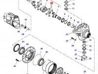 Крестовину приводного(шарнирного) вала бортового редуктора переднего моста трактора Challenger — 7500645001