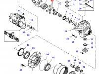 Крестовину приводного(шарнирного) вала бортового редуктора переднего моста трактора Challenger — 7500645010