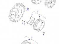 Вставка переднего колесного диска трактора (фланцевая гайка) — 31733130