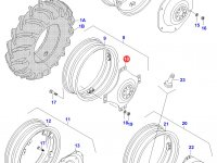 Вставка заднего колесного диска трактора (фланцевая гайка) — 31399410