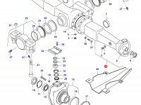 Чулок переднего моста трактора (правый) — 31800200