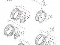 Вставка заднего колесного диска трактора — 32579600